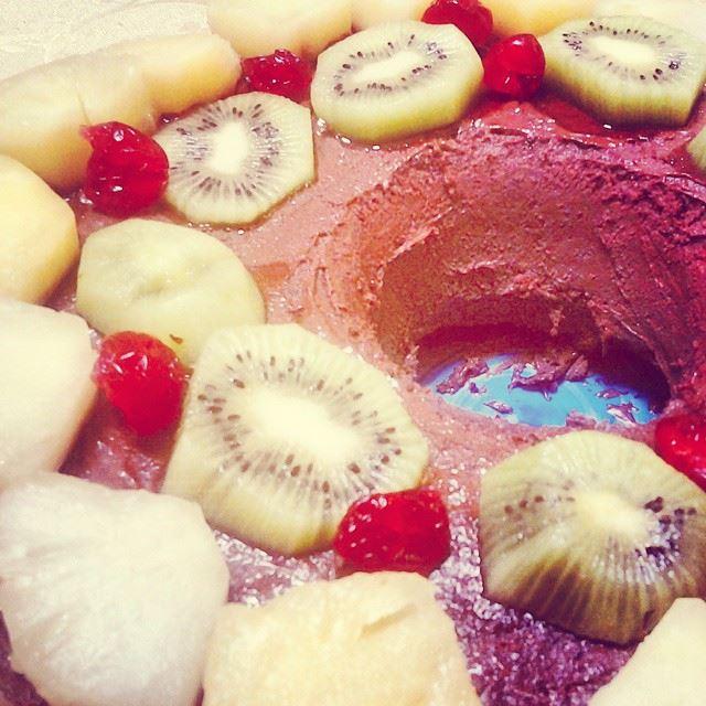 Gateau aux fruits.....scrumptious! TripoliLB instaTripoli ...