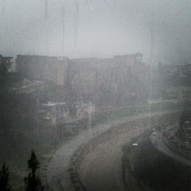 Live from  TripoliLB : heavy storm!Drinking hot chocolate while watching...