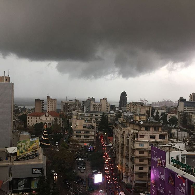 Beirut now 🌧 clouds weather ... (Achrafieh, Lebanon)