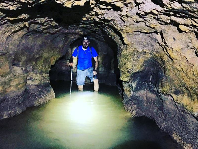 new adventure caving... (Kahmez)