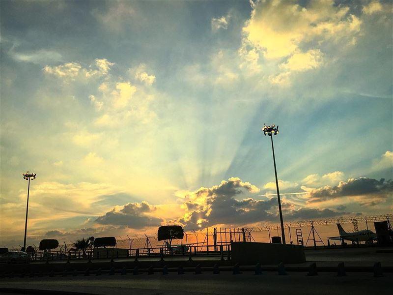 shooting documentary vice solofilms ... (Beirut–Rafic Hariri International Airport)
