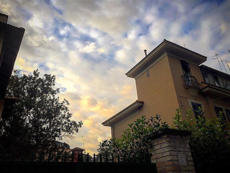 Good bye Rome travelphotography travelgram leo love soul mybeirut ... (Conca D'oro Roma)