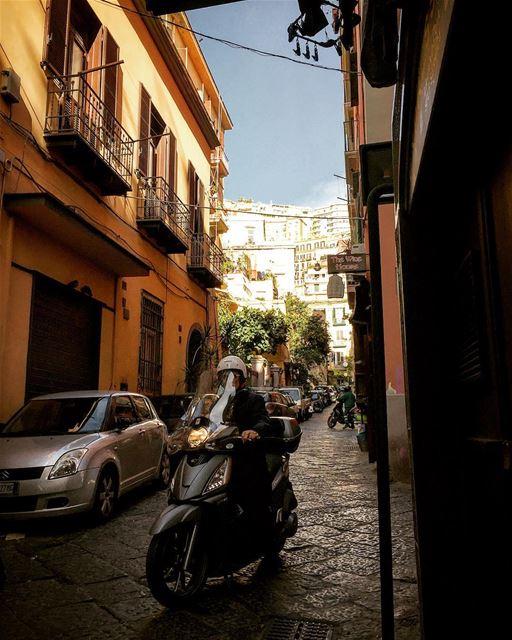 travelphotography travelgram leo love soul desert mydubai mybeirut... (Via Dei Mille - Napoli)