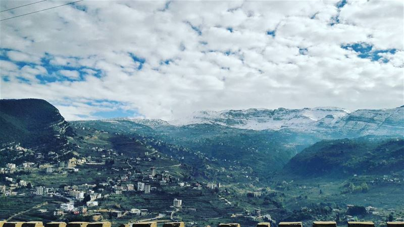 This is a view 😍 Lebanon Lebanese Dannieh village landscape ... (بخعون الضنية)