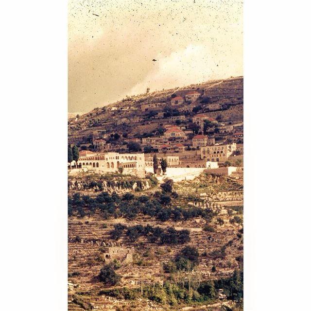 بيت الدين ١٩٥٤، BeitEddine 1954