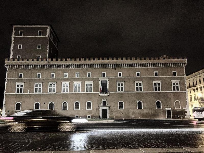 Mussolini travelphotography travelgram leo love soul mybeirut ... (Piazza Venezia)