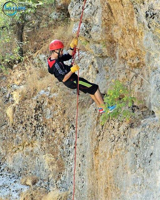 rappel adventures adventuresports adventurelife adventuretime skyline... (Tannourine-Balou3 Bal3a)