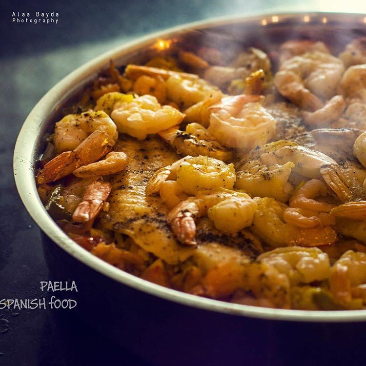 Traditional foods are always the best choice...... paella shrimps...