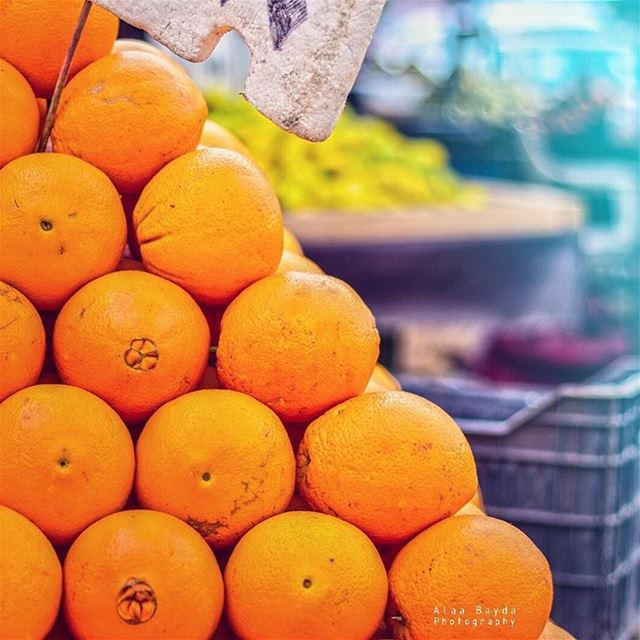 lebanon orange oranges food foodies fruits streetfood lebanesestyle...
