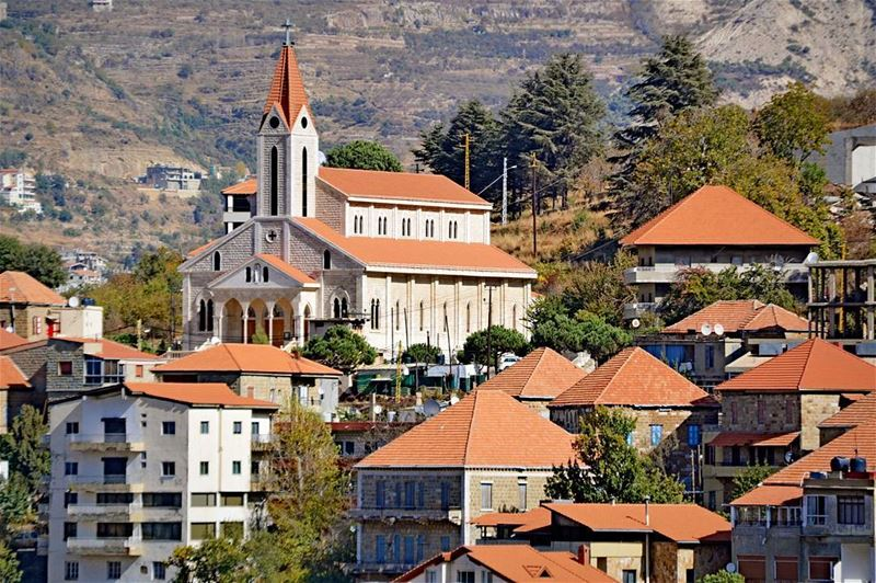 .Hasroun, North Lebanon. A traditional Lebanese village! Good evening all! (Hasroun Rose Of The Mountain)