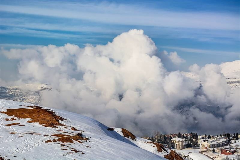 Above the clouds.. throwback to Winter 2016.Tags: ig_lebanon... (Zaarour)