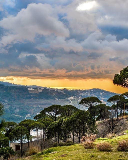 .Good evening dear friends! 🌅a nice cloudy sunset taken from Salima pine... (Salima, Mont-Liban, Lebanon)