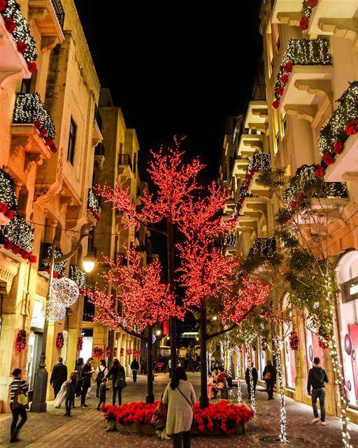 .🎄🎄🎄Christmas in Lebanon @livelovebeirut . Good evening dear friends... (DownTown, Beirut)