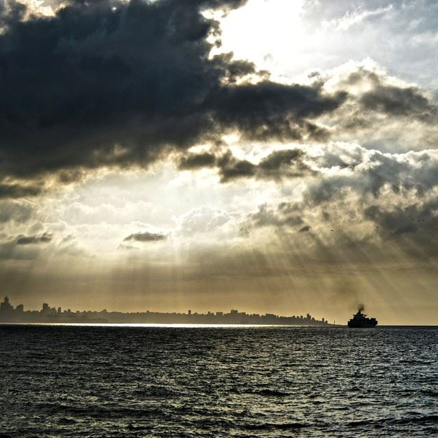 Good evening all with this lovely picture taken today.Dramatic skies, sea...