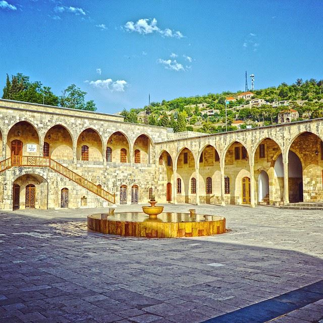 The traditional castle of Beit-el-dînThe lebanese tradition is so amazing... (Beit El Dine)