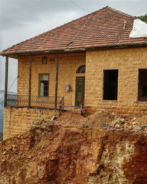 House is getting renovated; the crew is not saying a word more. ... (Dayr Al Qamar, Mont-Liban, Lebanon)