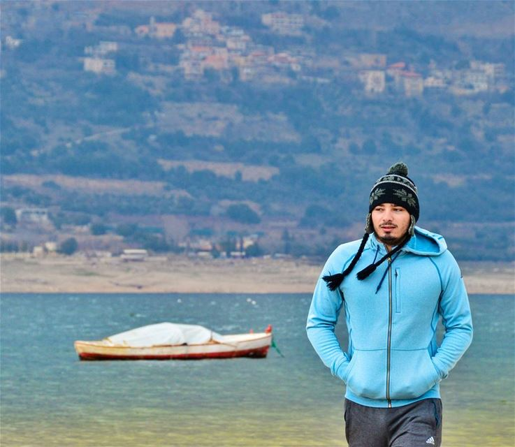 🚣📷.... roadtrip trip road lagoone water beach lake blue boat... (Lake Qaraoun)