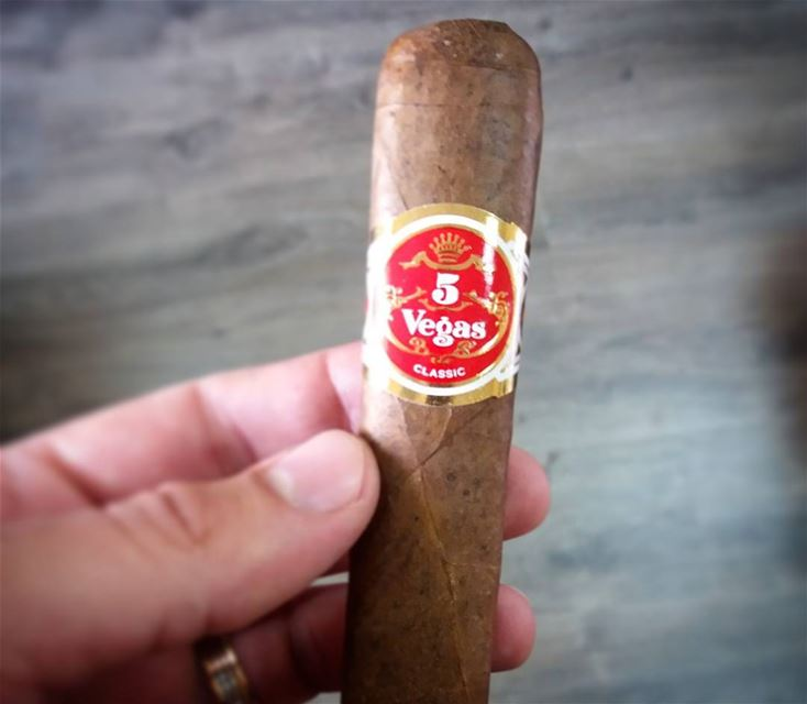 Start of the week .. cigar cigars 5vegascigar 5vegascigars ...