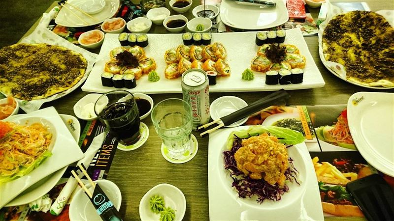 Forget about diet :p sushi  late  dinner  Lebanon  Beirut  night  jounieh... (Al Saniour Sea View)