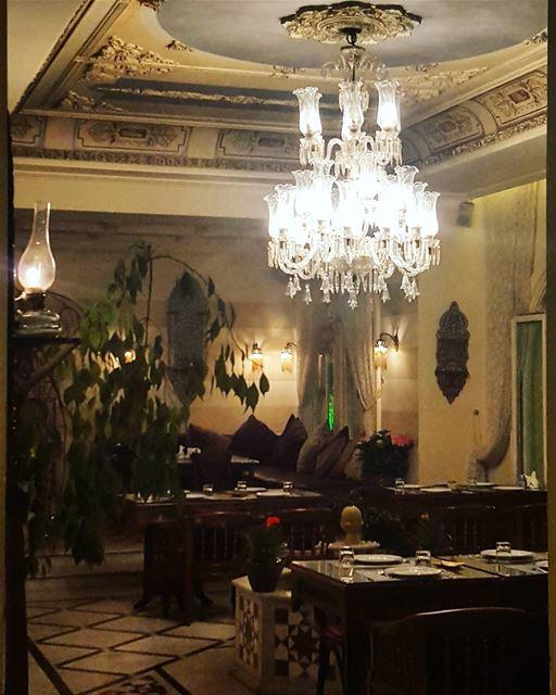 Good Evening good evening world Lebanon Beirut calm restaurant ... (Set el Hesen)