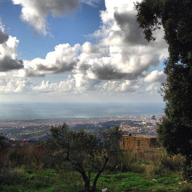 📷 Aley, Lebanon lebanon aley alay city village beirut landscape ... (Aley)