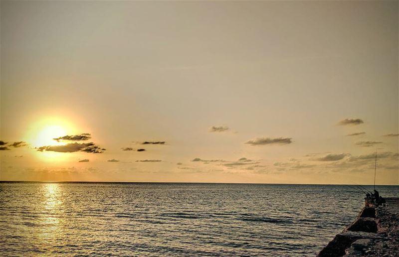 Sunsets! amchit lebanon sea fishermen livelovelebanon ... (Amchitt, Mont-Liban, Lebanon)