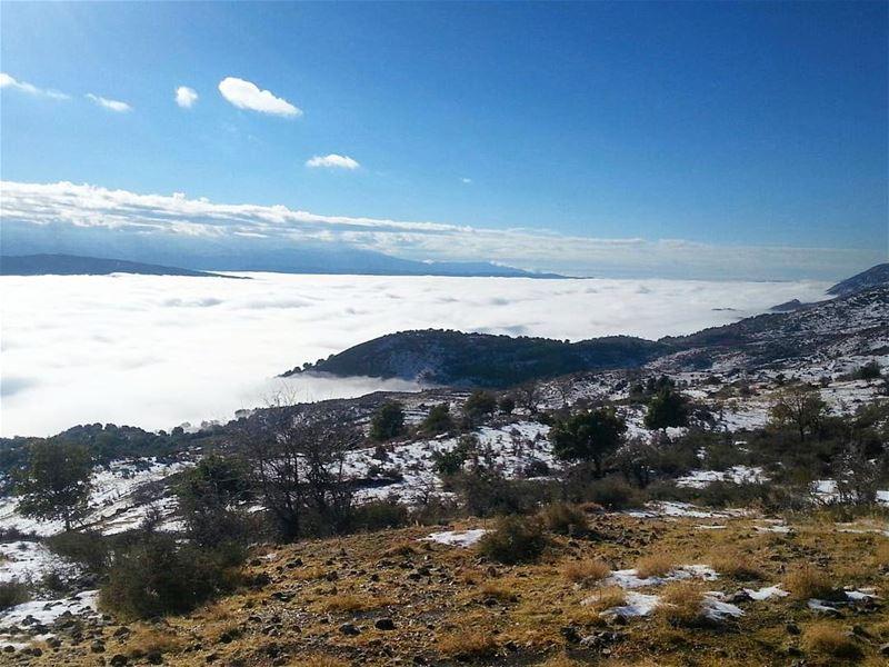Up & Up 🌤 westbekaa saghbine hometown lebanon bekaa bekaavalley ... (Saghbin, Béqaa, Lebanon)