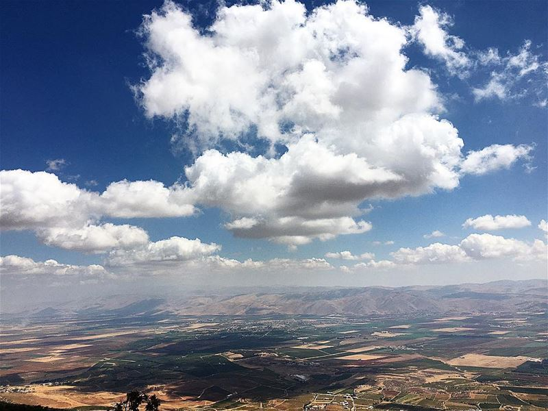 BRE🔺THE westbekaa edgeof baroukmountain breathe clouds reflection ... (Barouk Mountain)