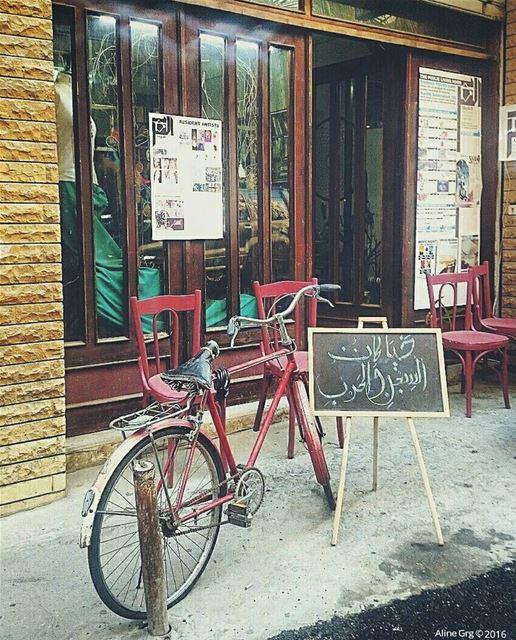 .. حيا كان السجن والحرب beirutstreetstyle beirut bicycle pink ... (Furn El Chebbek)