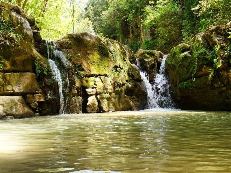 From Baakline with love 💚💙 live hiking waterfall water greenery ... (شلالات الزرقاء -بعقلين)