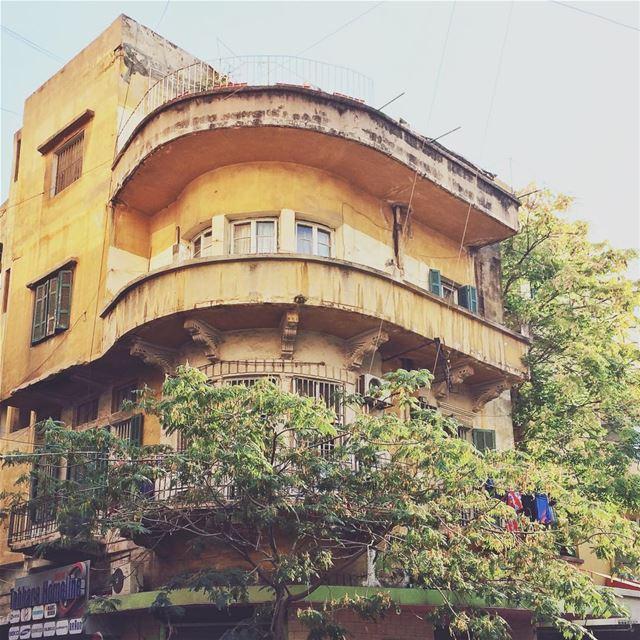 •Old building in Hamra• Hamra lebanon igerslebanon huntgramlebanon ... (Hamra, Beyrouth, Lebanon)