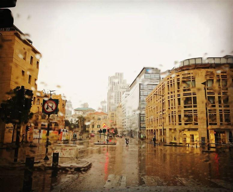 شتي يا دنيي تيزيد موسمنا ويحلا☔ (Beirut, Lebanon)