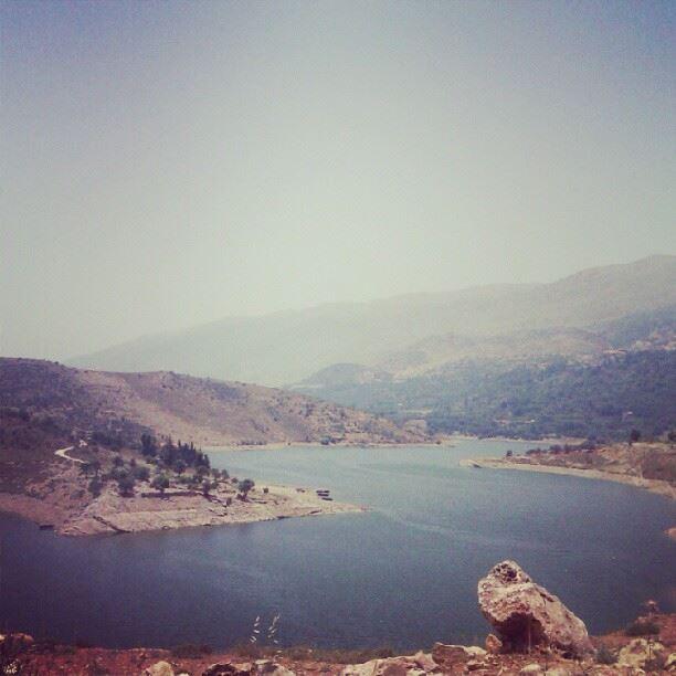 lake litani lebanon ...