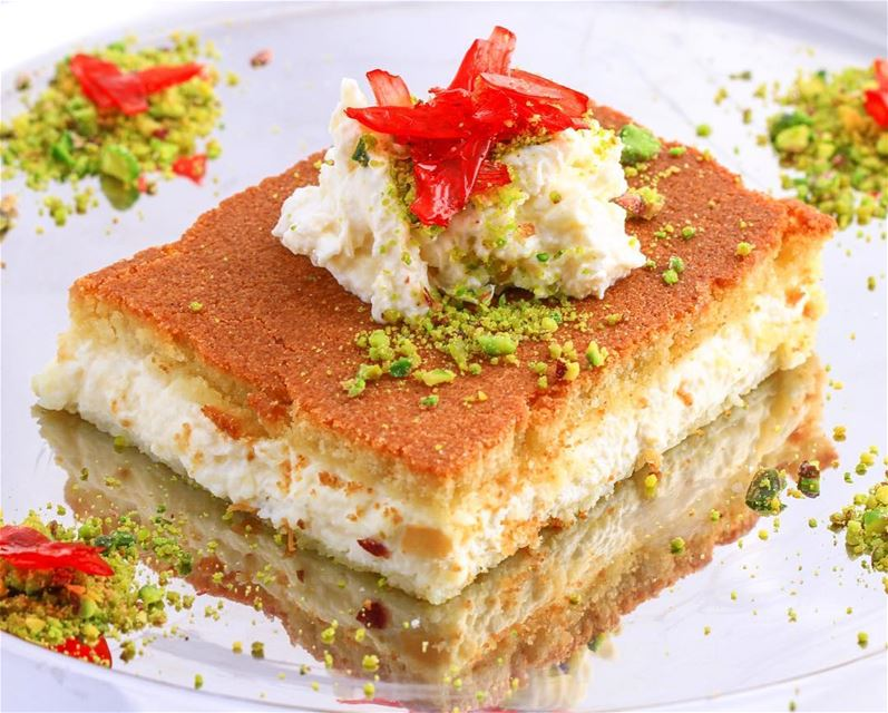 And here is the Masterpiece sweettooth foodie Lebanon beirut macro ...