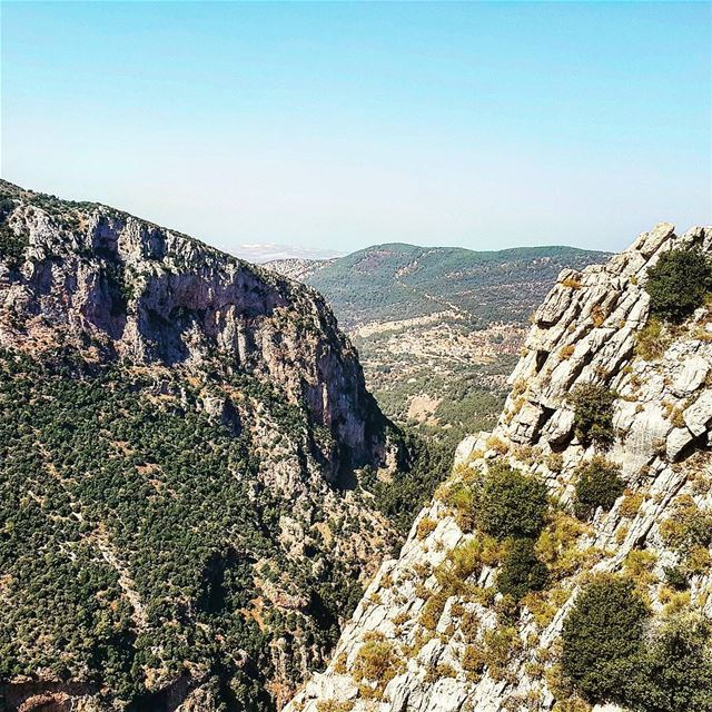 qannoubine hiking🌲 hikingtrail neverstopexploring mountainscape... (Wadi qannoubine)