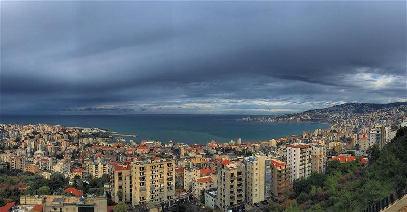 That Perla storm hitting Jounieh ig_lebanon lebanonvisions ... (Joünié)
