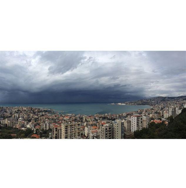 Almost here... storm livelovejounieh instalebanon lebanonspotlights... (Joünié)