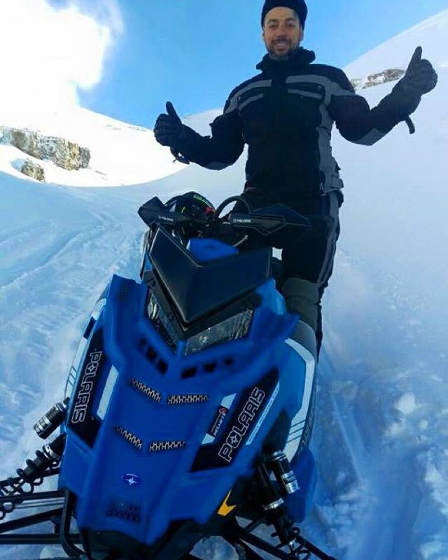 👍🏻👍🏻 braap riding friends snowmobile flying sks ...