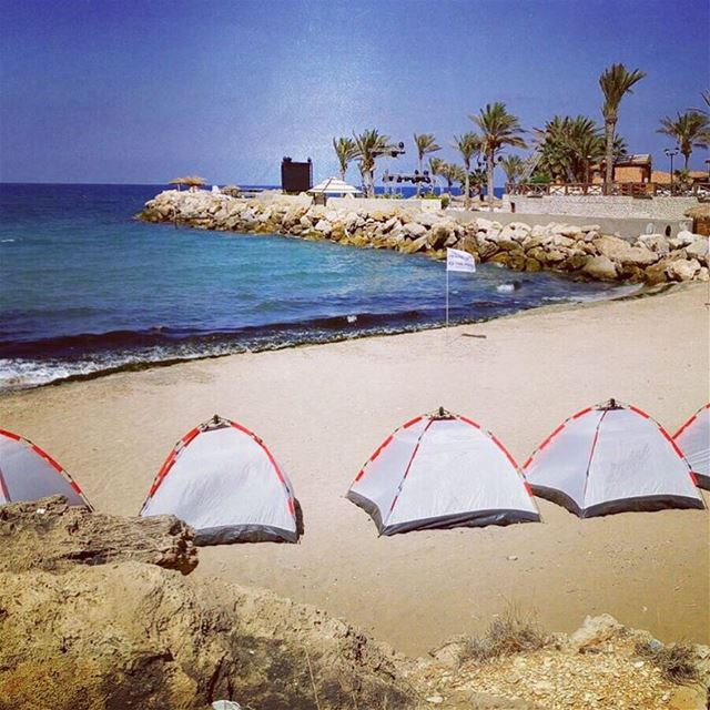 Waiting for you batroun beach camp livelovelebanon livelovebeirut ... (Batroûn)