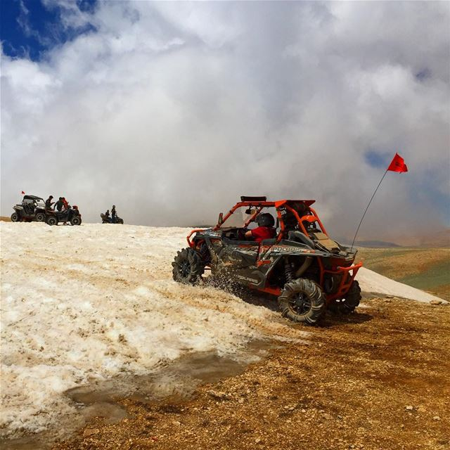 Enjoying some Snow in JULY !  trip  letsride  hmf  warnwinch  DragonFire ... (Kornet El Sawda)