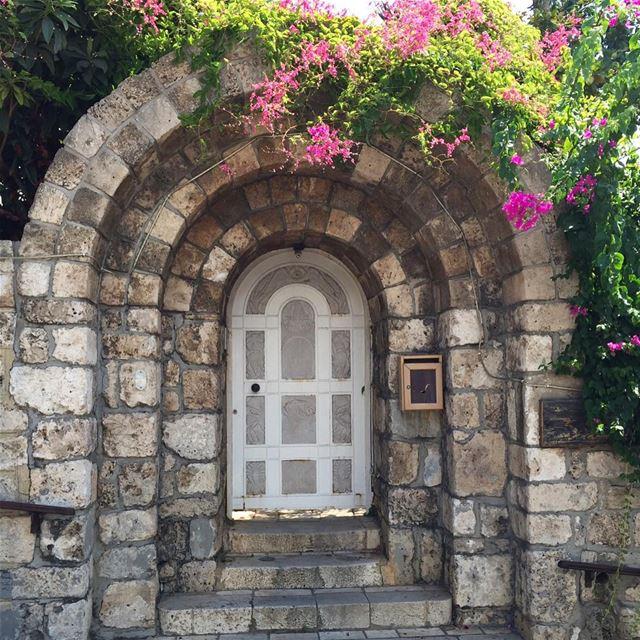 livelovelebanon beautifullebanon instalike ig_lebanon whatsuplebanon ... (Byblos, Lebanon)