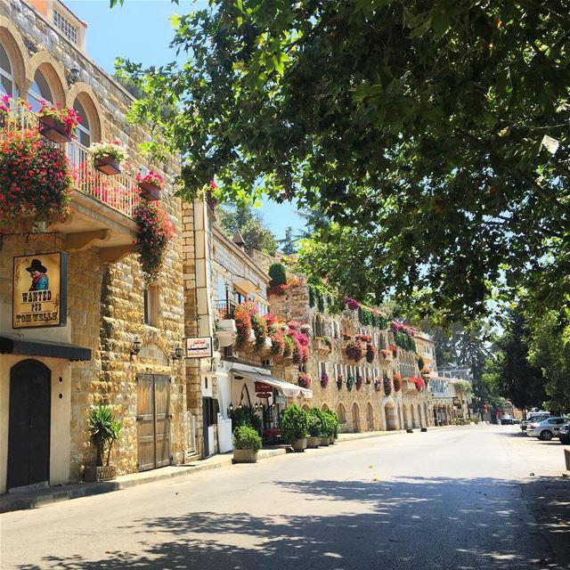 whatsuplebanon colorful flowers beautiful architecture stonewalls ... (Broummâna, Mont-Liban, Lebanon)