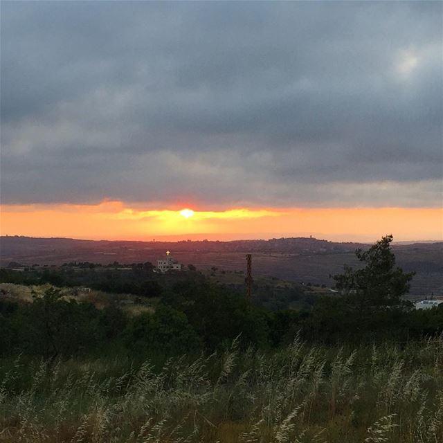 colorful sunset sunset_madness instapic instabeauty nature ... (Al `Uwaynat, Liban-Nord, Lebanon)