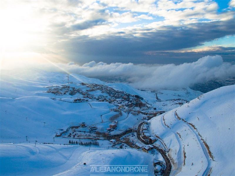 Follow @lebanondrone & enjoy footage and photos of the beautiful Winter... (Mzaar Kfardebian)