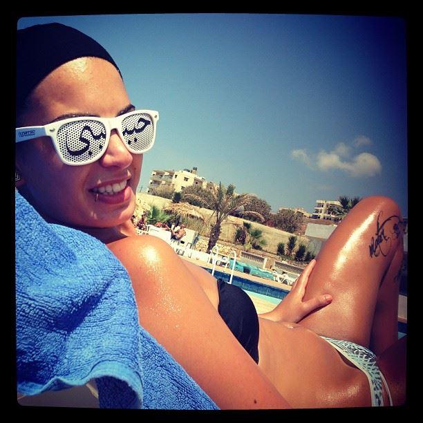 habibi ya habibi lunette nunette nunettes white shades day at the beach...