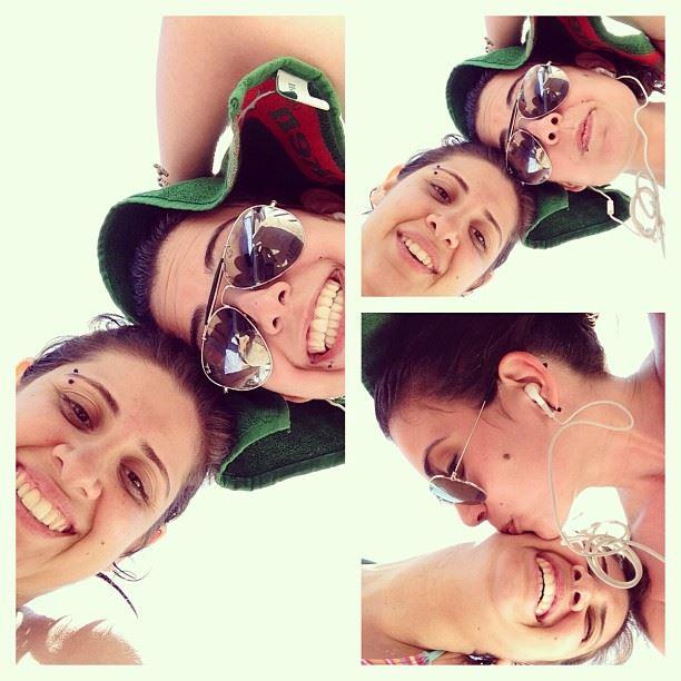 @lynnbs beach day sun water freezing refreshing amazing photoshoot kiss...