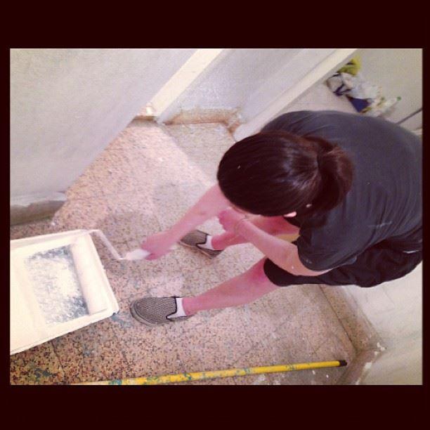 @lynnbs @ammarzeina m3alim white paint wall new house zi wihaaaaa...