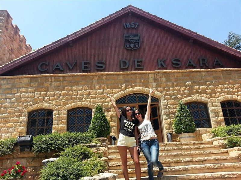 Sundays like this ! ☀️🍷 livelovezahle lebanonwine lebanonwineries ... (Château Ksara)