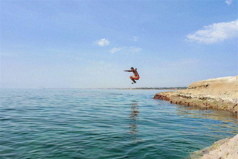 tb summer bayyada beach me swimming sea southlebanon sky jump ... (Al Bayyadah, Al Janub, Lebanon)