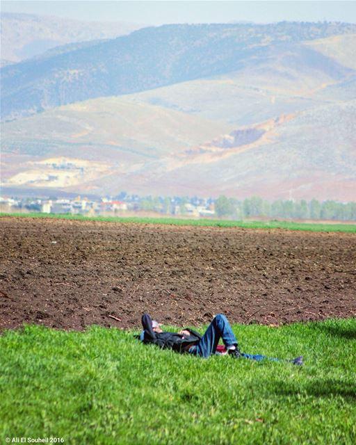 تحت السما ما في متل لبنان سهل_البقاع لبنان tb lebanon bekaa valley ... (Ammiq - Bekka)